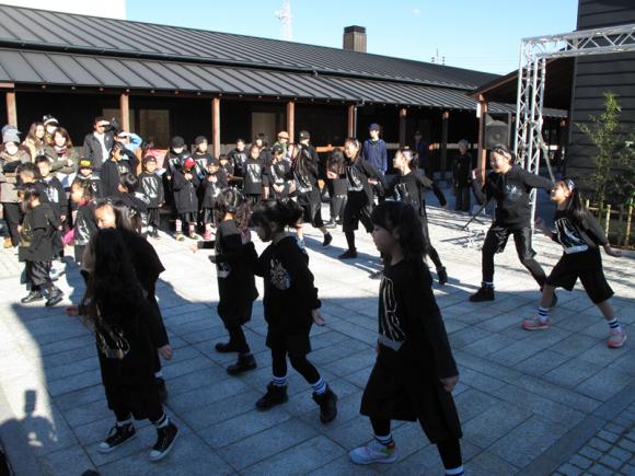 KDSストリートダンススクールのダンスの様子